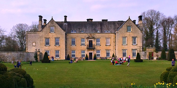 Places to visit - Nunnington Hall